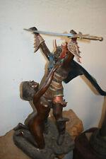 Sehr großer Bronze-Gladiator mit Schwert und nackter Frau, 66cm