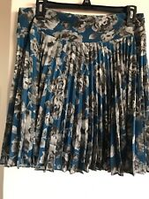 Ann Taylor Women Skirt Size 8P Pleated Blue Accordions Floral
