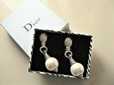 Boucles d'oreilles fantaisie Dior