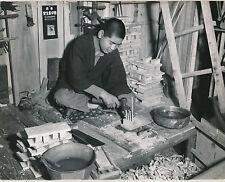 JAPON c. 1950 - Cordonnier Fabrication des Semelles à Kobé - GF 124