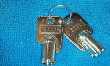 2 SLOT MACHINE CAMLOCK Keys Round Barrel # R01005    BALLY WMS IGT KONAMI ARCADE