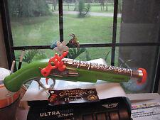 Disney PIRATES OF THE CARIBBEAN Jack Sparrow Toy GREEN FLINTLOCK Gun! Sounds