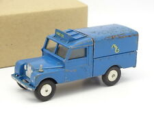 Corgi Toys 1/43 - Land Rover 109 Pick Up Radio Rescue