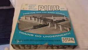 HO Scale Atlas 47 Piece Pier Set, Gray #80 BNOS, Vintage