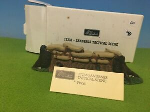 BRITAINS - SANDBAGS TACTICAL SCENE #17238 - ALSO 4 KING & COUNTRY FIGURES MIB 🔥