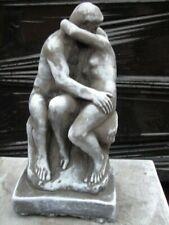 statue d un couple assis en pierre patinée , superbe ! nouveau !!!
