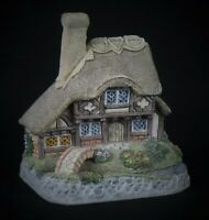 "Vintage 1993 David Winter Cottages ""Crystal Cottage"" Figurine * Excellent!"