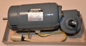 DC Motor 220 v. mit E 3 Getriebe. GROSCHOPP. KM 87-60. WK 1063304.