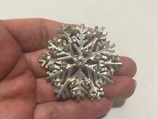 Vintage SNOWFLAKE Winter Clear Rhinestones Silver Tone Filigree BROOCH PIN