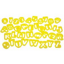 ++ Buchstaben und Zahlen Ausstecher ++