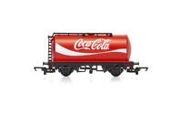 Hornby R6933 OO Gauge TTA Tank Wagon Coca Cola
