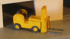 SMALL FORK LIFT - N-5020 - N Scale by Randy Brown