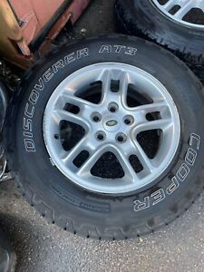 """Land Rover Discovery 17"""" alloys with Cooper Tyres"""