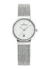 Armbanduhren in Silber mit 12-Stunden-Zifferblatt