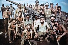 WWII photo American Marines posing in the captured Japanese 75-mm  world war 43b