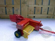 Deere square baler hay farm vehicle model US ERTL