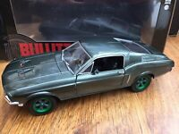 GREENLIGHT 84041 GM Ford Mustang GT Fastback car Steve McQueen Bullitt 1:24