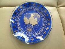small commemotare plate prince charles ,lady diana in blue