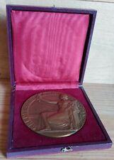 Médaille bronze par L. Bazor Crédit Coopératif de France dans sa boîte. 77 mm