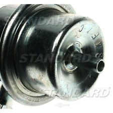 Fuel Injection Pressure Regulato fits 1996-2002 Land Rover Range Rover  STANDARD