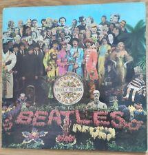 BEATLES SGT PEPPER Vinyl 1967 LP Vinyl mono but sleeve Stereo! PMC 7027 PCS 7027