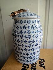 Vtg. Estee Lauder Youth Dew Bath Crystal Porcelain Jar w/ Lid Blue White Flower