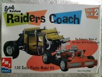 2001 AMT ERTL Barris Kustom Raiders Coach  NEW 1:25 scale MODEL KIT 30261
