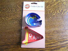 Wilton 2008 HELMET & PENNANT Football Metal Sport Shapes Cookie Cutter Set~~NIP!