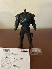 Mezco One:12 Krig-13 Black Spartan BODY with BATTERIES ONLY Rumble Society 2021