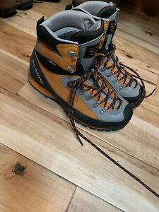 Scarpa Mont Blanc GTX mens Alpine Boots size 10.5 European Size 44