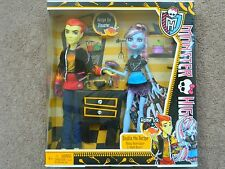 Monster High HOME ICK Double The Recipe HEATH BURNS & ABBEY BOMINABLE..NEW MIB