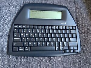 Neo 2 by Alphasmart Word Processor / Distraction Free Writing