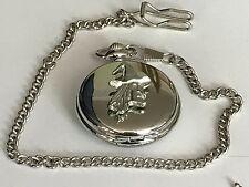 Reloj de Cuarzo Bruja Cara TG13 Estaño en un bolsillo de plata Fob