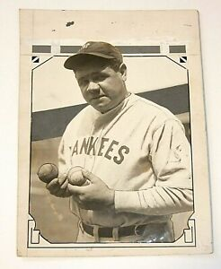 BABE RUTH Original News Photograph, Type 1, High Resolution!, Holding Two Balls