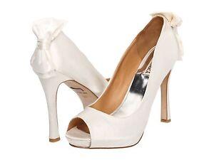 Badgley Mischka Macee wedding bridal satin pumps heels BOW shoes White 11 NEW