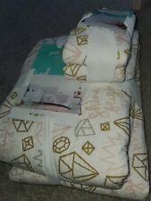 New Pillowfort full /queen Cotton Quilt,sham, METALLIC JEWELS Shine Bright