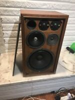 VTG SANSUI SP-1500 3 WAY 5 SPEAKER -One Speaker Refinished Nice