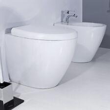 Sanitari filo muro bagno moderno design completi di sedile bianco avvolgente