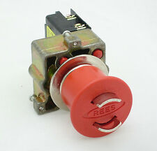 22102-102, 22.5 mm Push Button Switch
