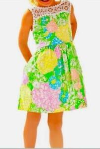 Girls Lilly Pulitzer Mini Raegan Dress in Multi Hibiscus Stroll 12