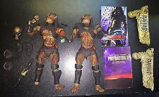 "Movie Maniacs 6 Predator 2 the Hunter and Damaged 8"" McFarlane 2004"