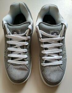 Airwalk shoes size 9