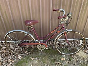 Vintage Columbia (Tourist III) Women's Bicycle For Parts/Repair