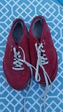 The North Face Ladies Size 8.5M Red Suede Lace Up Shoes