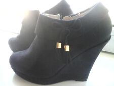 Chaussures LowBoot  Nubuck Noir  talons haut compensés  T 38 sexy