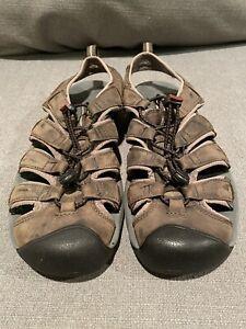 KEEN Sandals Men's size 9