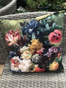 """Beautiful Velvet Garden Flower Cushion 18"""" With FREE FEATHER PAD"""