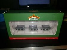 More details for oo9 gauge bachmann 393-075 set of 4 wheel slate wagons grey with loads weathered