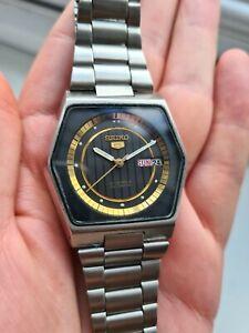 Vintage 1979 Black SEIKO 5 6309-5130 Men's Automatic Wristwatch 70s