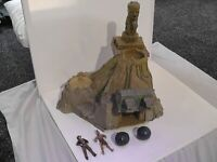 2008 Hasbro Lost Temple of Akator Playset Indiana Jones Action Figures Toy